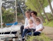 portraits de famille à nantes, portraits de famille en extérieur, séance photo famille, shooting famille, photographe famille nantes, céline piat photographe, living colors studio, photographe enfant