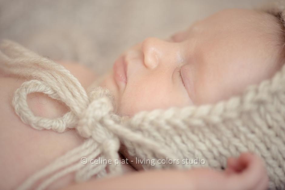 séance photo bébé en lumière naturelle, portraits originaux nouveau-né, photo nouveau-né à domicile, 44, séance photo nouveau-né Nantes, studio photo bébé, photographe bébés nantes, nantes