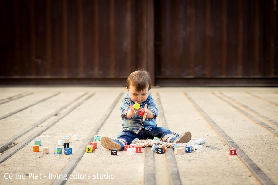 seance-photo-bebe-parents-nantes-celine-piat-living-colors-studio-1